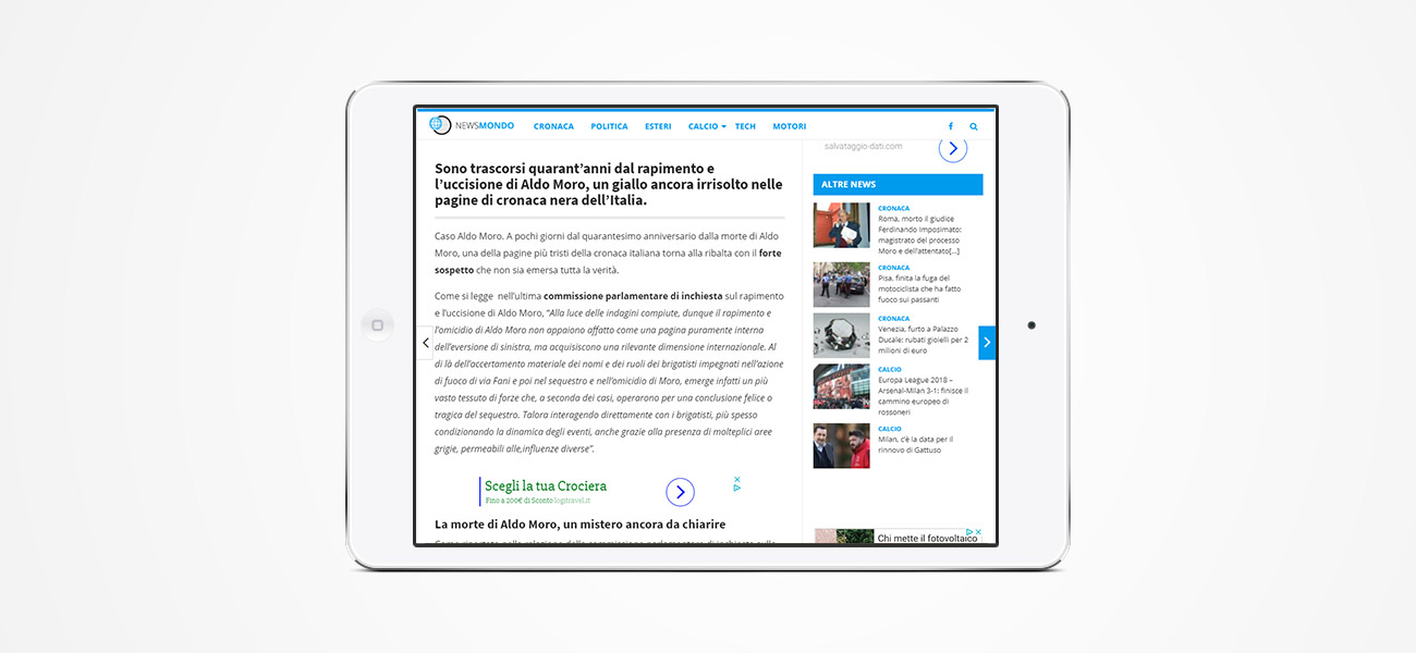 Un articolo di Newsmondo su tablet.