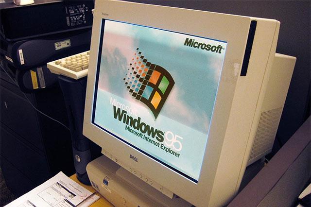 Pc desktop con Windows 95